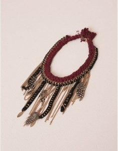collar-etnico-pull-bear